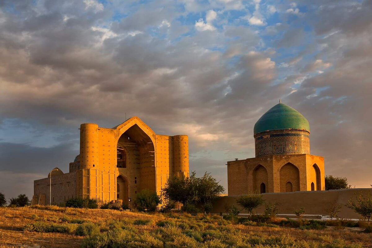 картинки в туркестане каменный